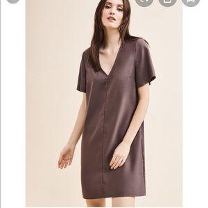 Flutter t- shirt dress - NEVER WORN